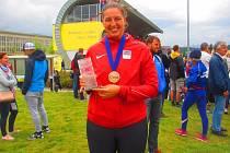 Kateřina Šafránková převzala na MČR družstev medaili z Evropského vrhačského poháru a plaketu za posun českého rekordu.