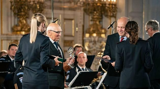 Ocenění Zaměstnance roku ve Španělském sále Pražského hradu.