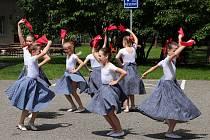 Nadání žáci po celé republice pořádají open happening.