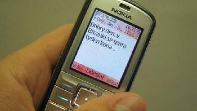 Posílání informací pomocí sms zpráv.