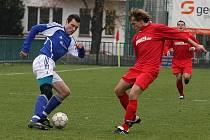 Z fotbalového utkání krajské I.B třídy Velim B - Zbraslavice