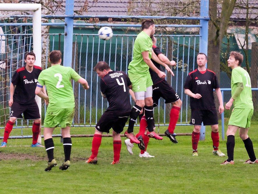 Z utkání Břežany II - Lysá nad Labem (0:8).