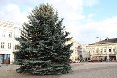 Vánoční strom v Kolíně v roce 2017