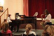 V pátek podvečer se včeskobrodském divadle konal koncert Mates of Music.