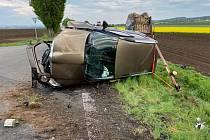 Dopravní nehoda u Chrášťan na Kolínsku 29. dubna 2020.