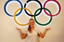 Kolínská tyčkařka Zuana Pražáková na olympiádě mládeže v čínském Nanjingu.