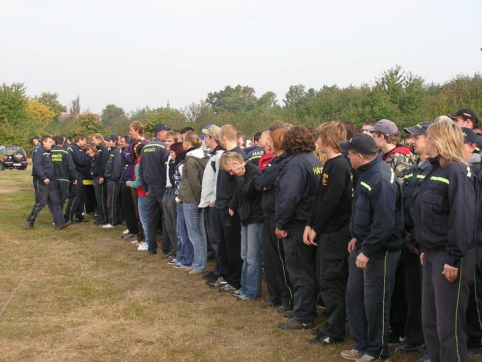 Poslední sání dobrovolných hasičů v Pňově.