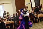 Odpolední ples Klubu přátel Františka Kmocha na Zámecké v Kolíně.