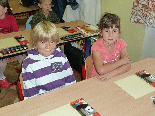 První školní den ze Základní školy Zásmuky.