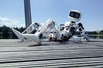 Středními Čechy projela robotická stopařka Matylda.