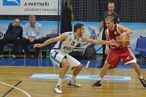 Z utkání BC Farfallino Kolín - Svitavy (91:76).