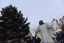 Z rozsvícení vánočního stromu na Karlově náměstí v Kolíně v roce 2019.