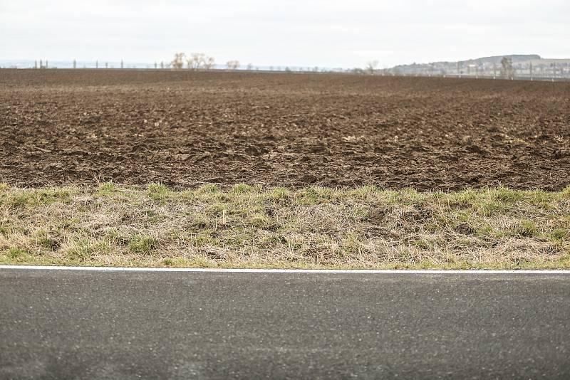 Kudy by měla vést vysokorychlostní trať? Okolím Chrášťan.