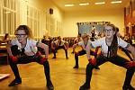 Sobotní večer patřil v tateckém kulturním domě již 10. školnímu plesu, který pořádala místní základní a mateřská škola.