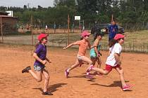 Malí sportovci se učí nejen basketbal