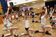Senioři zaplnili společenský dům na svém hudebním odpoledni