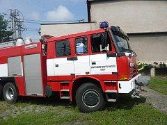 Pečečtí hasiči mají unikátní zásahový vůz, sami si ho podle zkušeností z praxe navrhli