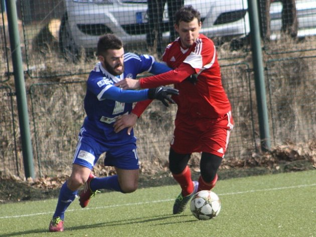 Z přípravného utkání FK Kolín - Suchdol (2:2).