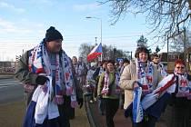 Velkoosecký Fan club přijel do Heerenveenu povzbudit českou rychlobruslařskou reprezentantku Martinu Sáblíkovou.