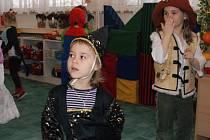 """Ve středu 25.2.2009 proběhl v kolínské školce """"Čtyřlístek"""" Jeronýmova dětský karneval."""