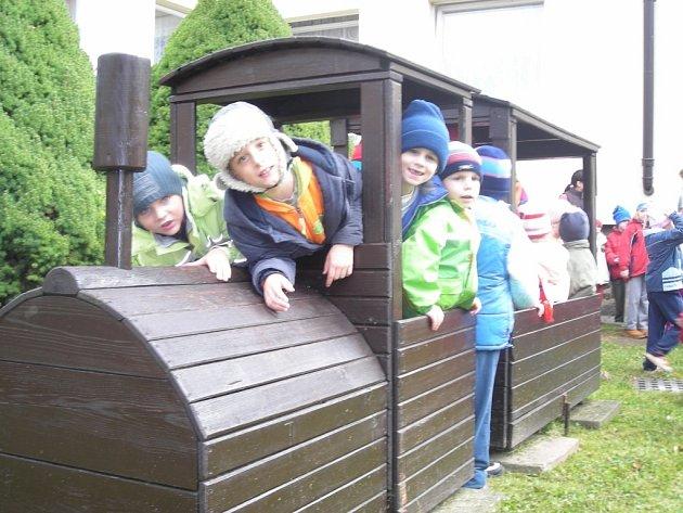Slavnostní otevření nově zrekonstruované školní zahrady v Mateřské škole Bachmačská Kolín