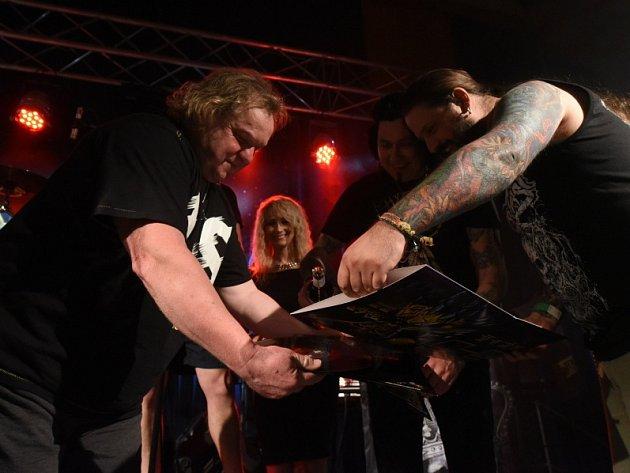 Kapela Roxor slavila třicátiny, pokřtila i vinylové dvojalbum.
