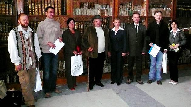 Zástupci dalších tří výrobců, kteří v krásném prostředí empírového zámku převzali certifikáty Polabí – regionální produkt