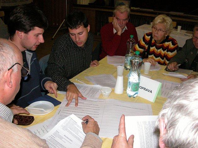 Diskuse nad strategickým plánem na veřejném zasedání