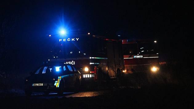 Hasiči zasahovali u požáru vagónu v Cerhenicích