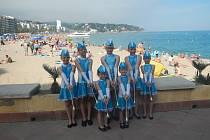 Díky si užily trénink i vystoupení v španělském městě Lloret de Mar.