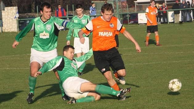 Z utkání Ratboř - Libice nad Cidlinou (1:2).