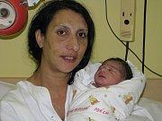 Adéla Demeterová se narodila 1. ledna 2017 s mírami 2700 gramů a 48 centimetrů. Terezie a Mikuláš dceru budou vychovávat v Červených Pečkách. Adéla má dva bratříčky a dvě sestřičky.