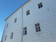 Nová knihovna v Kolíně vyroste v areálu kolínského zámku. Některé objekty se opravy dočkaly, jiné na ni teprve čekají.