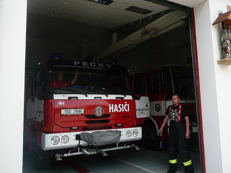 Vozidlo Tatra 815 Terno CAS 24, výrobní číslo 001 u posledního zásahu u požáru oleje u měniče proudu