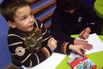 Pohádky malým čtenářům četla i Hana Heřmánková.