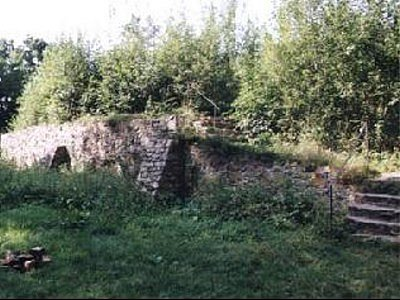 Zřícenina hradu Sion.