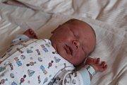 Štěpán Otta se narodil 10. října 2017 s váhou 3630 gramů a výškou 51 centimetr. Doma v Kolíně se na něj těšila maminka Kamila a bráška Toník (2,5).