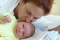 Jonáš Linhart se narodil 1. srpna 2021 v kolínské porodnici, vážil 4405 g a měřil 53 cm. V Kolíně bude vyrůstat s bráškou Matějem  (11) a maminkou Lucií.