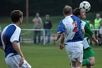 Z utkání Zásmuky - Jílové 3:0.