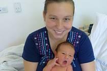Anton Moravčík se narodil 20. října 2019 v kolínské porodnici, vážil 3370 g a měřil 51 cm. V Kutné Hoře se z něj těší maminka Eva a tatínek Jan.