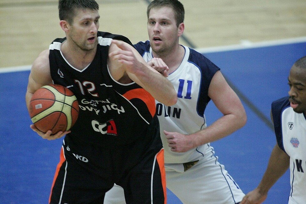 Z utkání BC Kolín - Nový Jičín (74:75)