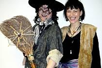 Děti potěší interaktivní čarodějnické představení.