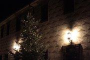 Česká mše vánoční zazněla na zámku vKostelci.