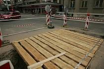 Stavební práce u náměstí Republiky.