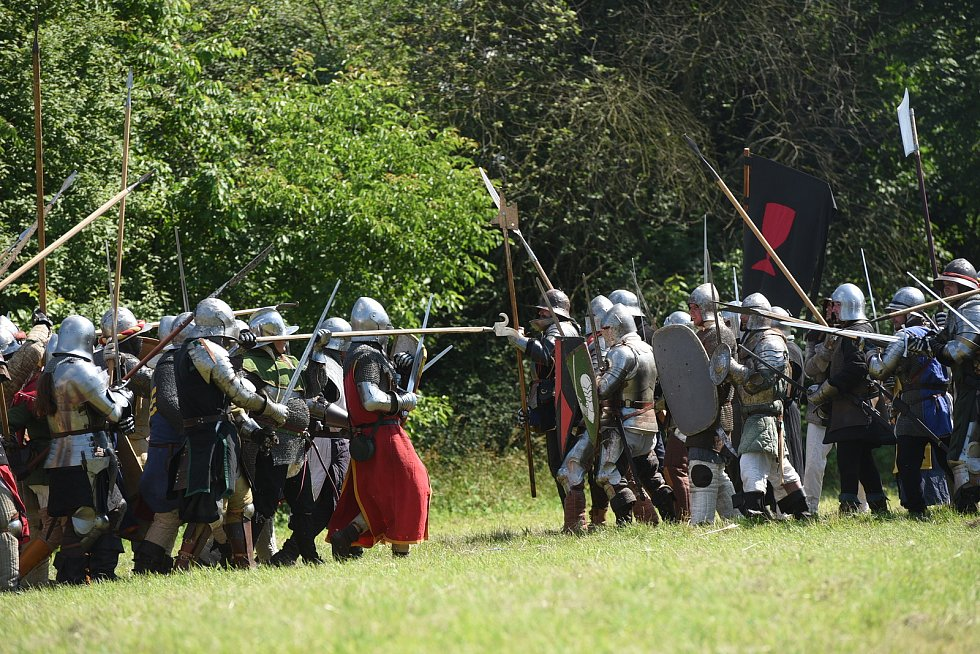 Z rekonstrukce historické bitvy 'Čas králů' na jízdárně v Kolíně.