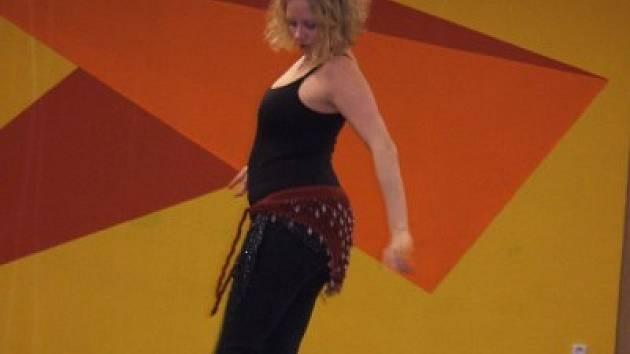 Krisztina Struhár při tanci.