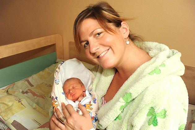 Do Poděbrad si z kolínské porodnice odvezli prvorozenou dceru Anetu Vantuchovou, která se 19. dubna narodila s váhou 2 440 gramů a výškou 47 centimetrů rodiče Jana Holubová a Jiří Vantuch.