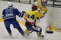 Z druholigového hokejového utkání Kolín - Jindřichův Hradec (7:6)