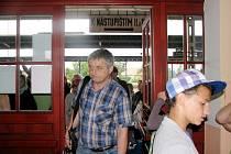 Prodlouženou linku by z nádraží v Českém Brodě využila řada cestujících.
