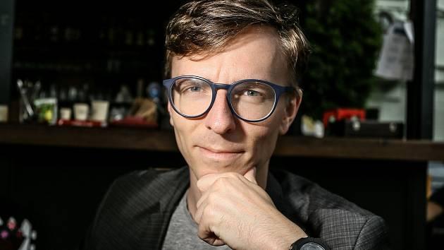 Redaktor Deníku Jakub Šťástka